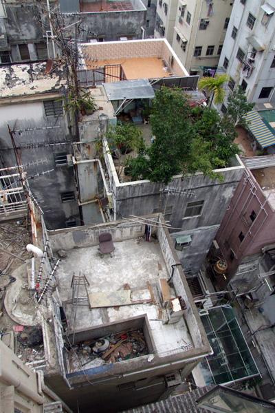 Hong Kong rooftops, via Urbanphoto
