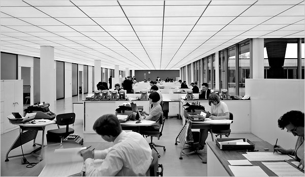 Ezra Stoller, Office Workers in London, 1962