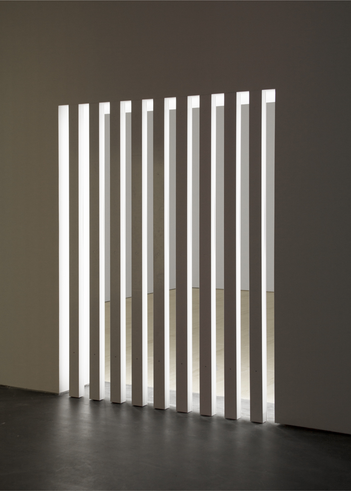 Dan Flavin, untitled (to Dorothy and Roy Lichtenstein on not seeing anyone in the room), 1968; photo via Zwirner